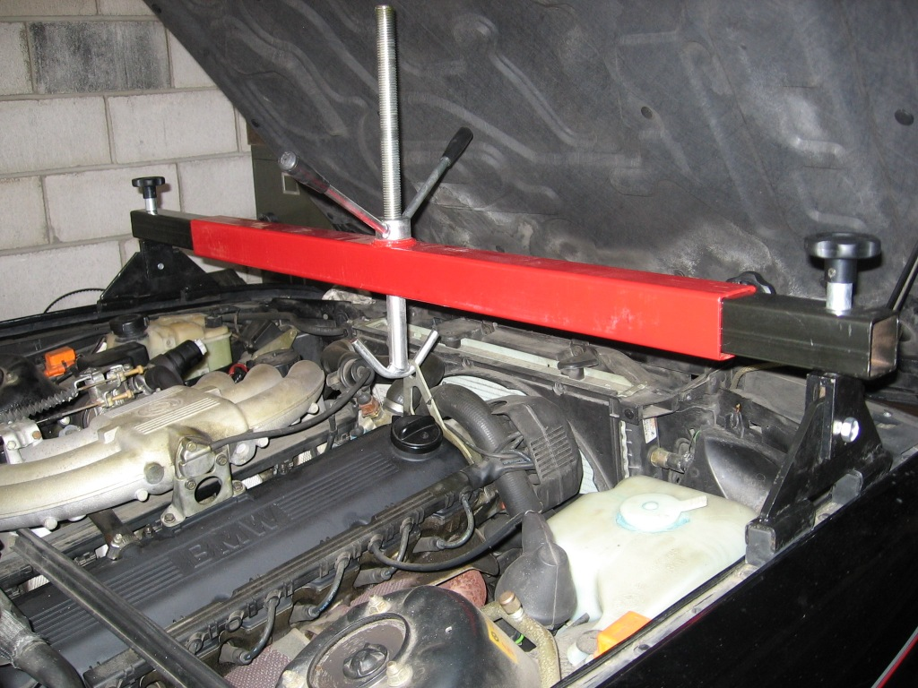 Engine Support Bar